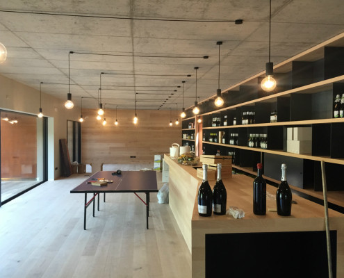 Progetti di illuminazione per ristoranti e cantine stingers